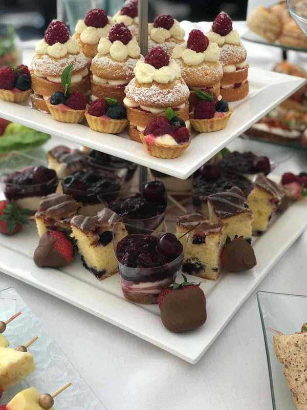 sweet treats cakes catering in Worcestershire
